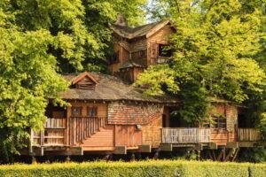 uk staycation tree house