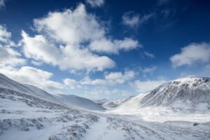 ski holiday Scotland in the Cairngorms
